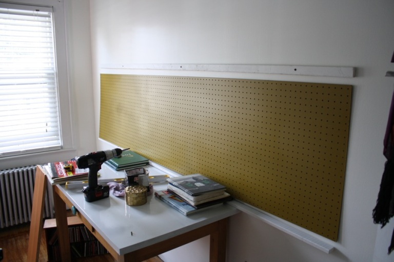 office_pegboard_painting_4